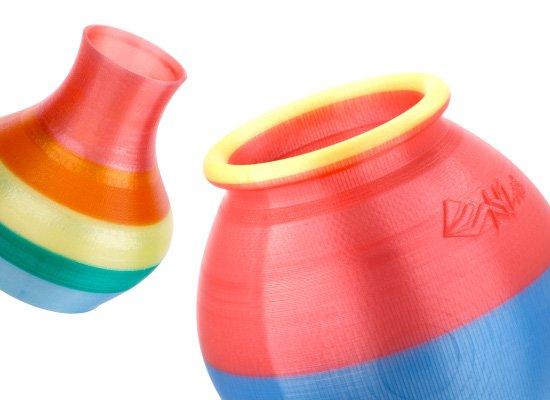 xyzprinting-da-vinci-super-3d-printer-vase.jpg